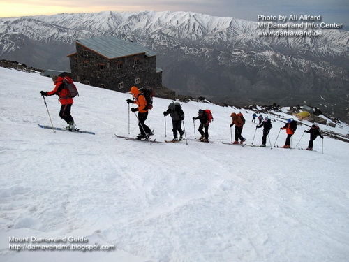 Damavand Skitouring, Hymalia Club April 2013